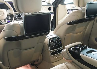Innenausstattung des Mercedes S-Klasse von Mietwagen und Taxi Bodensee Molitor-Bowitz